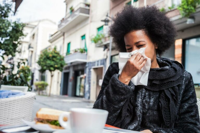 Stop Germs from Spreading this Winter in Social Settings