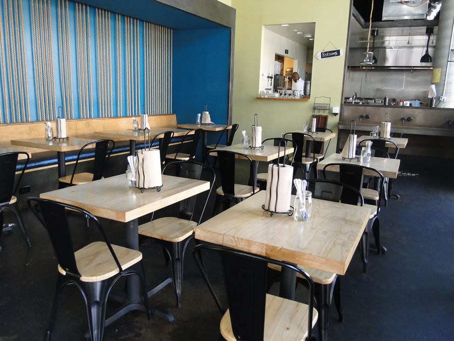 Dining area of alaMar Kitchen and Bar in Oakland