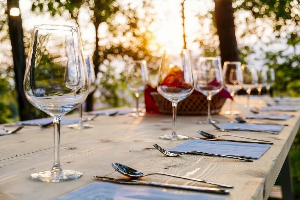 Farm-To-Table Entertaining: Take the Party Outdoors