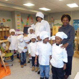 Culinary StorytellerVera Oye Yaa-Anna with students