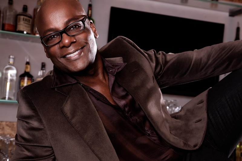 Mixing Fun, Smiles and Cheer with Darryl Robinson