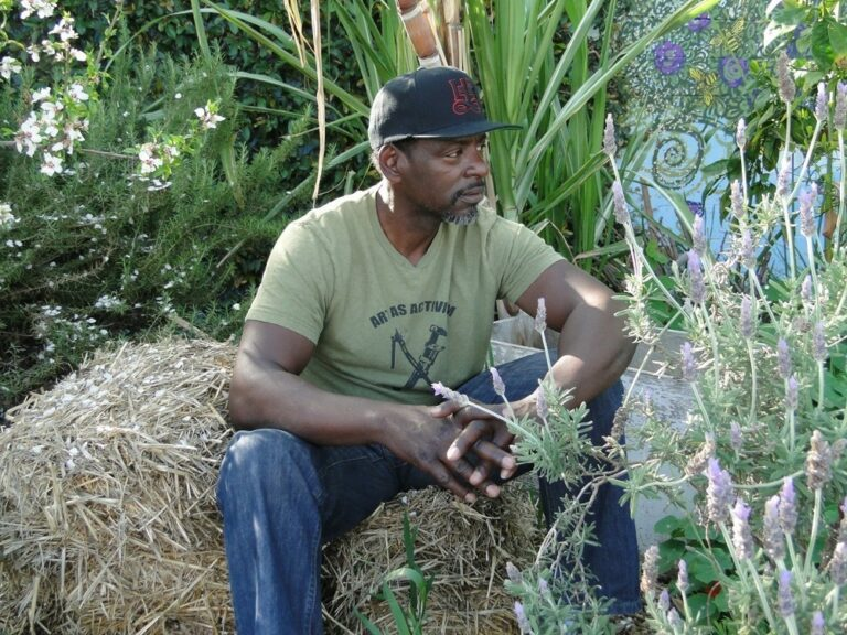 Gardening a Revolution with Ron Finley