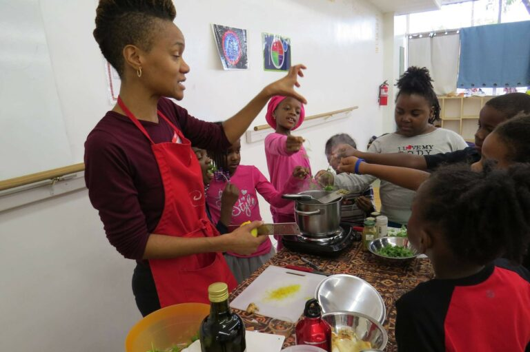 Oldways Celebrates Black History Month with African Heritage Cuisine