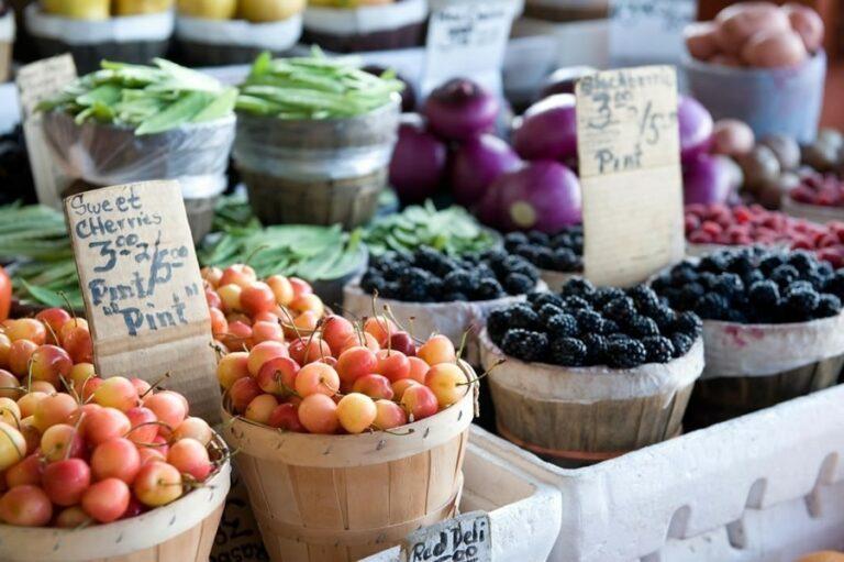 Farmers' Market Etiquette