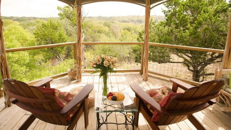 Glamping: Luxury Camping for the Stylish Camper