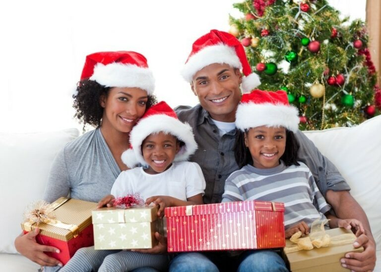 How to Celebrate the Holidays with your Blended Family