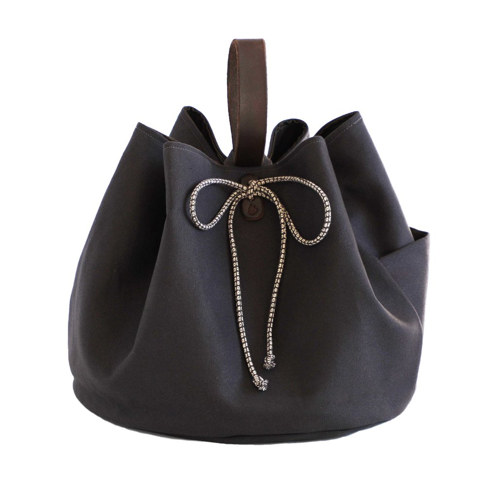 Thread & Whisk Bloom Culinary Totes: Wine's Latest Fashion Accessory