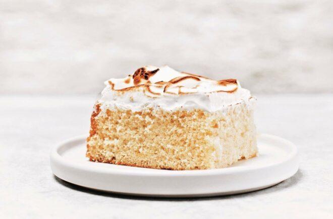 Limoncello & Toasted Meringue Cake
