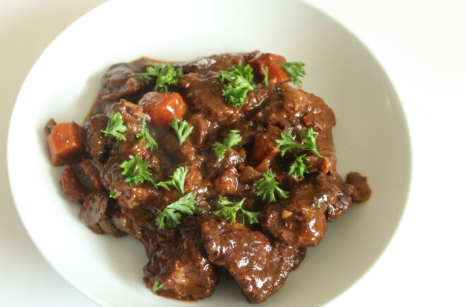 Beef with Onions and Wine