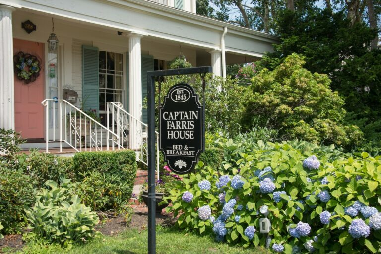 Captain Farris House Bed and Breakfast