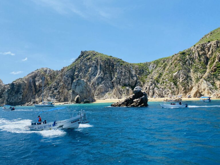 Sailing in Cabo San Lucas
