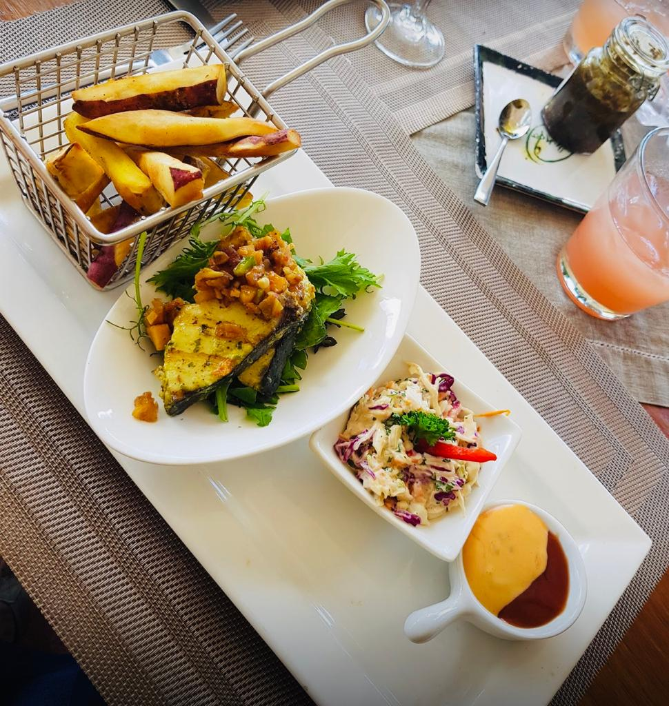 Orlando's Island fish and fries