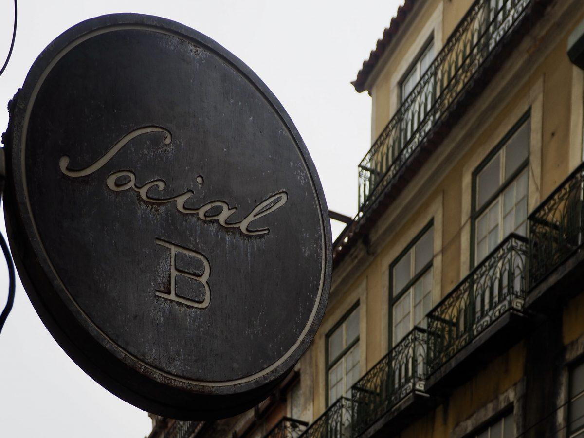 Social B cocktail bar in Lisbon, Portugal
