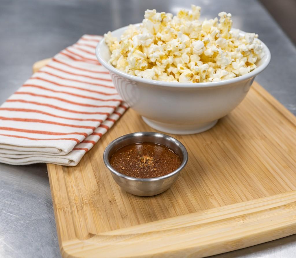 Popcorn seasoned with Taino Spice by Boca Flavor